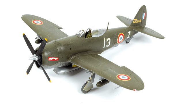 Maquettes d'Avions et Hélicos