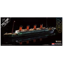 Maquette de R.M.S. TITANIC + Leds 1/700
