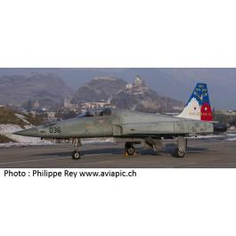 Maquette de F-5E Suisse 65 Ans Base de Sion 1/72