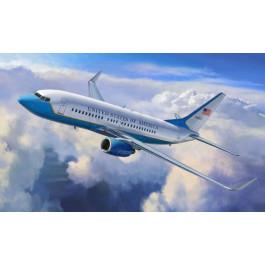 Maquette d'avion Boeing 737-700 / C-40 1/144